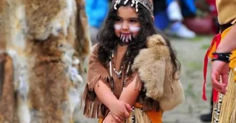 世界唯一「纯女性」部落!她们居然是靠这种方法繁衍下一代…