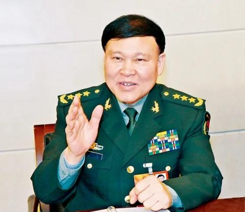 十九大前军中造势 胡锦涛爱将力挺习核心