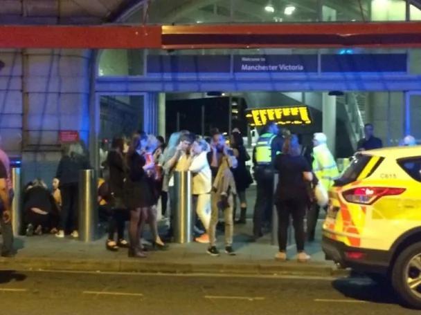 Ariana Grande英國演唱會爆炸 有人死傷