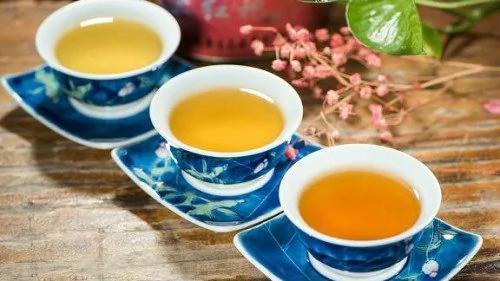 """喝茶后千万不要再吃""""这个""""否则会伤肾脏"""