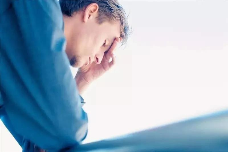 动不动就头晕 可能是这些病在作祟!一把梳子就能缓解
