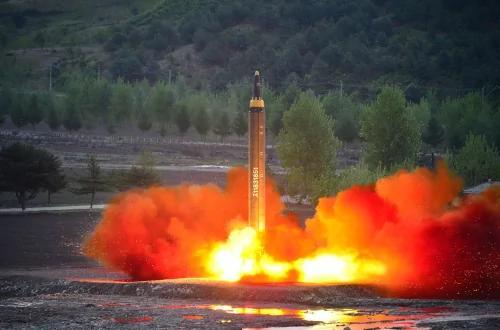 惊爆朝鲜逼抢救金家像百姓丧生 美媒打脸夸海口这技术还需10年