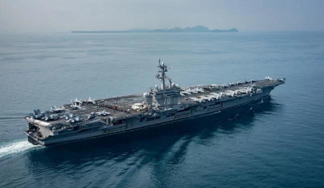 美两航母部署到位 打朝鲜或不宣而战?