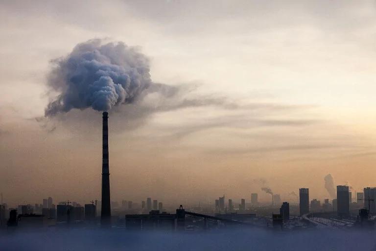 韩国社会各界人士集体起诉中共政府 就空气污染索赔2.73亿韩元