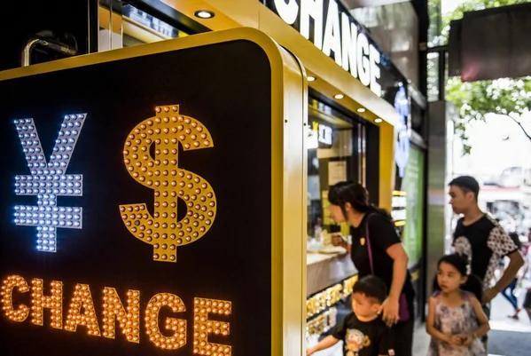 过不了多久 中国可能不得不让人民币贬值