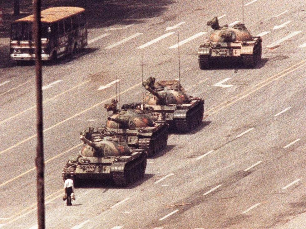 邓小平背着人大用军权镇压六四 调兵惊人内幕大揭晓