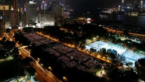 维园的烛光 再一次粉碎了北京当权者的梦