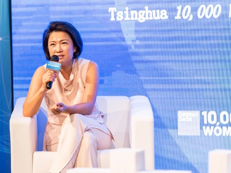 张欣回应郭文贵说我们不怕狂人疯人 曾一语震惊海内外华人
