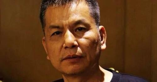 刘少明 花甲工人无审无判被押两年