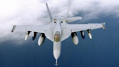 几天前一场空战 暴露美俄中战机多大差距?