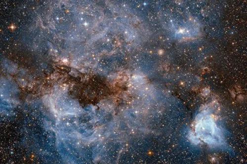 超弦理论发现宇宙还有其它7个时空存在