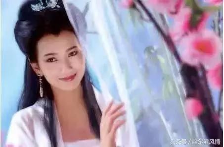 六十高龄的赵雅芝为何不能像林青霞那样优雅老去?