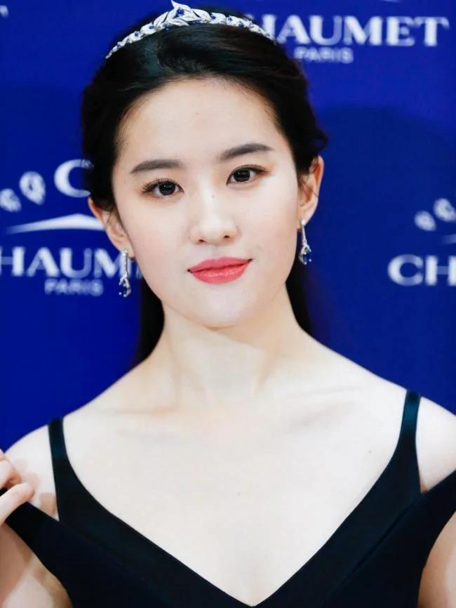 亚洲十大女神出炉 赢过杨幂的竟是她