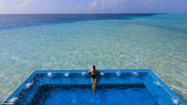 """世界上最美的浴池:非比寻常的""""泡澡"""""""
