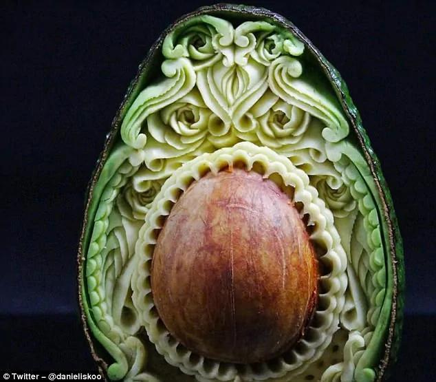 澳男子微雕技術高超 蔬果雕刻栩栩如生