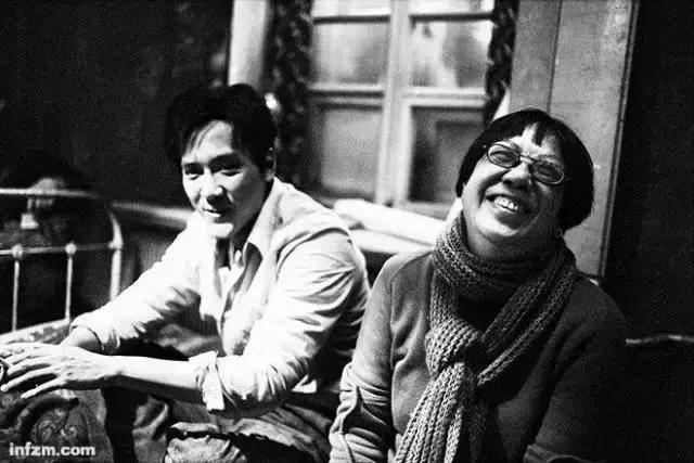 中国最贵女导演: 捧红众多影后 70岁不婚不子 租屋的老女孩