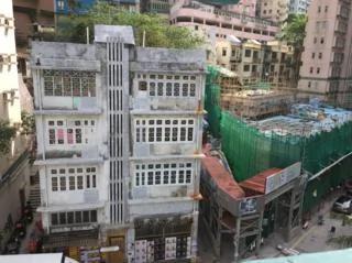 """保卫""""唐楼"""":香港战后旧建筑拆卸计划撤回"""