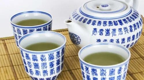 每天只要喝四、五杯茶,就能将癌症风险降低40%。(图片来源:Pixabay)
