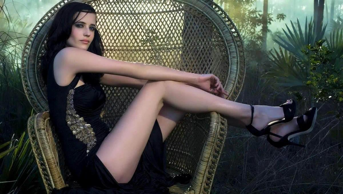 法国最性感女人 这位邦女郎生活低调远离名利场