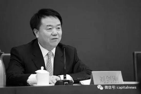 天津官场再震荡 黄兴国办公厅主任被查