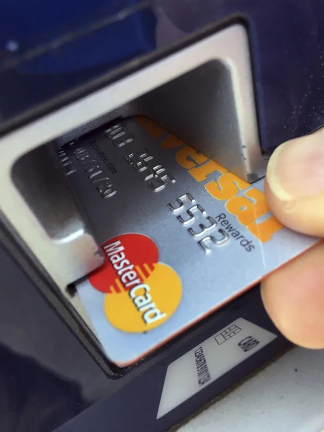 美信用卡抢进中国挑战银联 北京拖延恐等几年