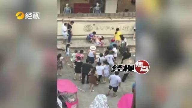 天降横祸!湖南2女童补习路上被砸死