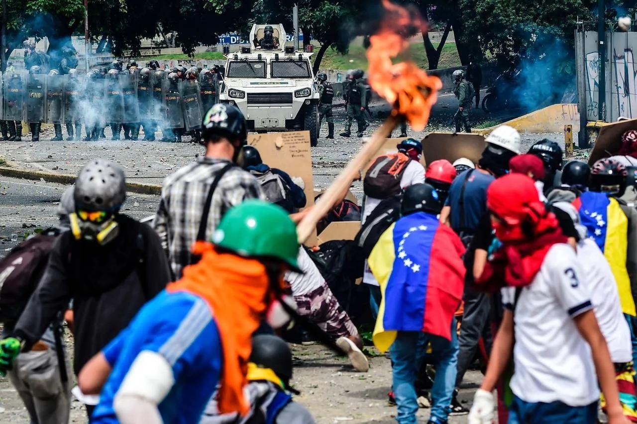 特朗普扬言制裁引发委内瑞拉债券大跌