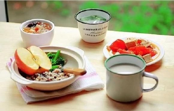 「過午不食」真的有益健康長壽?