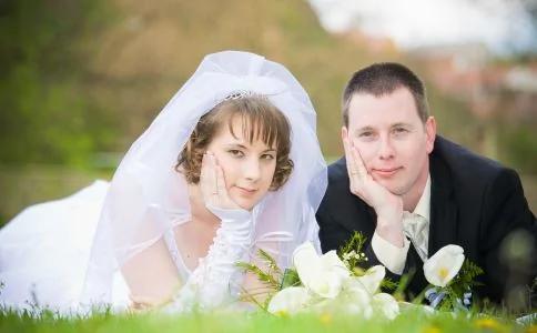 婚前10戒要谨记 姑娘 别再傻傻地做了!