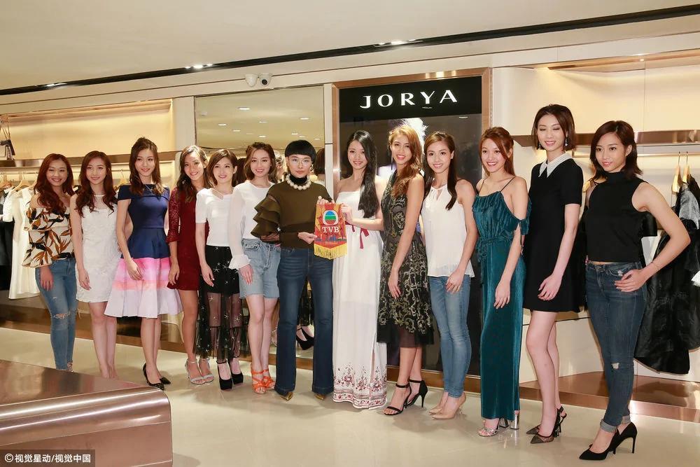 香港小姐十二强选手合照 这次颜值真在线