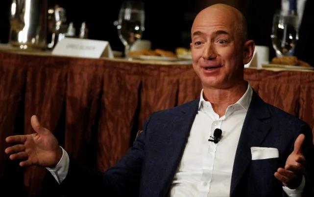 坐拥823亿美元财富 他日常最爱却是洗碗