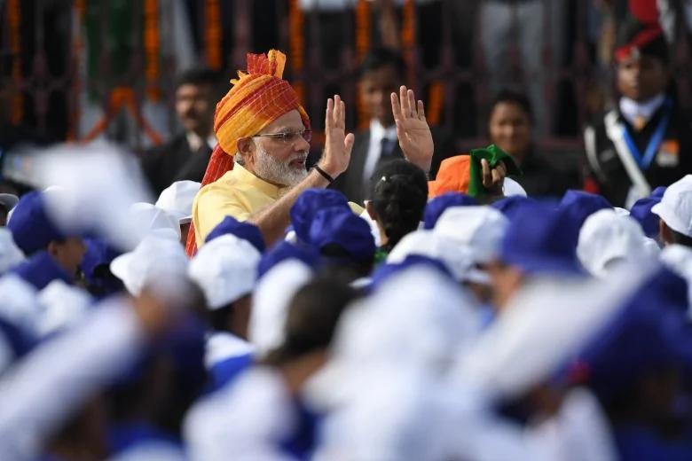 印度独立日演说 莫迪:首要任务保卫国家