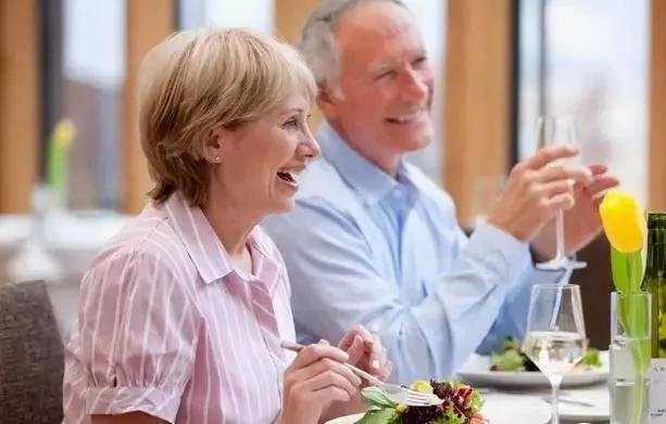 寿命长短 不是因为衰老和生病 而是取决于它!