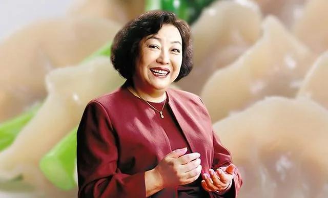 """饺子皇后:从小贩到年赚60亿 只因不愿""""共享丈夫"""""""