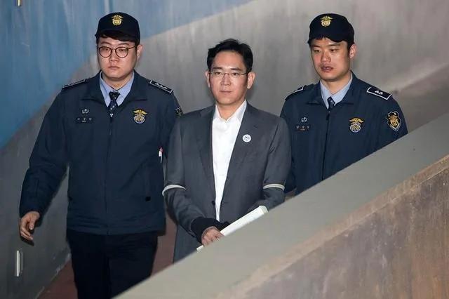 三星太子2.5亿贿赂朴槿惠 获刑5年