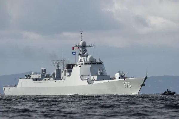 中国神盾舰还没服役 先爆政委酗酒窒息身亡