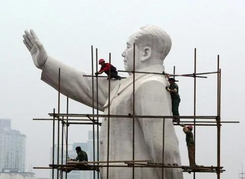 金钟:哪些人在批判毛泽东?