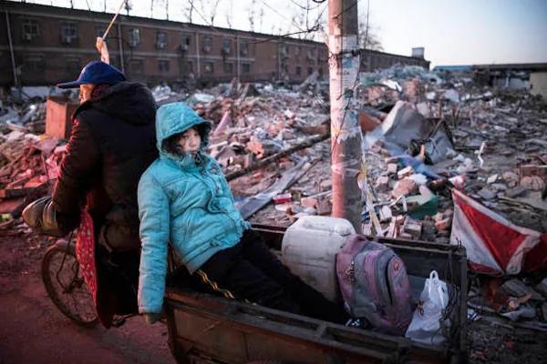 北京暴力排华千人示威 六大生态数据否定北京驱逐低端人口