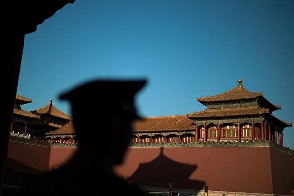 中共修宪是一场秀 习近平打军老虎有明显信号