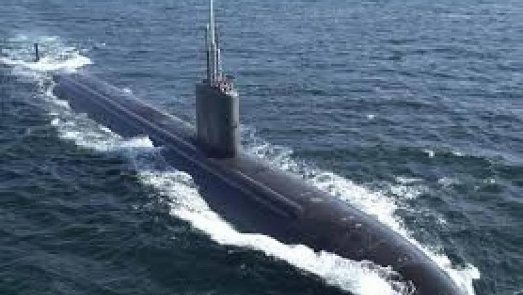 中共核潜艇隐秘下水 强势出击却被逼投降 舆论哗然