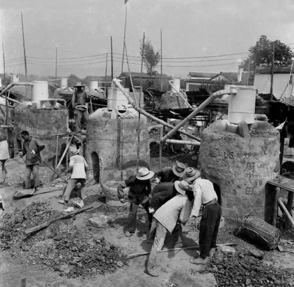 【大饑荒老照片】一語道破大饑荒的主因:上面規定餓死不開倉