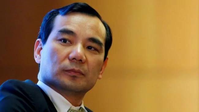 吴小晖被带走前后 邓卓芮与他签署离婚协议