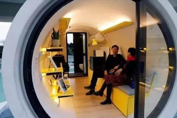 为解决住房危机 香港诞生十平方米的水管房