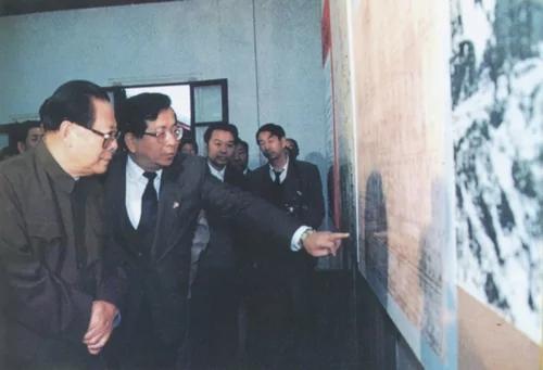 意味深长 曾庆红被曝当国家副主席 117张反对票