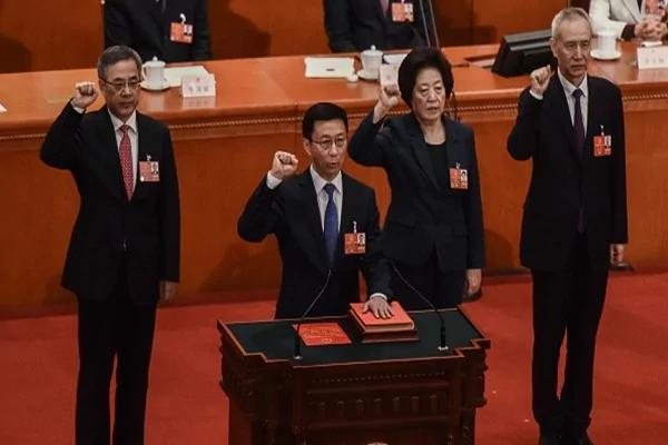 """中共副总理配置是""""鹤""""立鸡群 至此对这两人推测已成为不可能"""