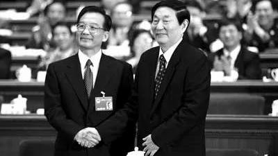 内幕:朱镕基当年挫败江泽民挺温家宝上位