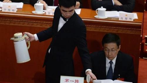 """习近平人事再布局 韩正接""""烫手山芋"""" 大批官员被打入冷宫"""