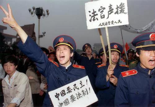 六四29周年再爆秘闻 七上将反对镇压两元帅力挺