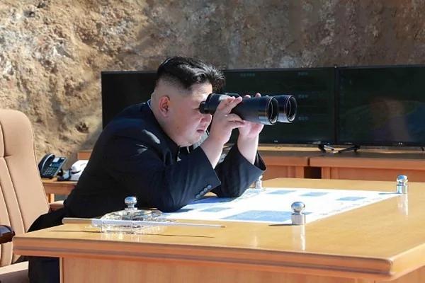 担心腹背受敌 传金正恩求北京战机护航