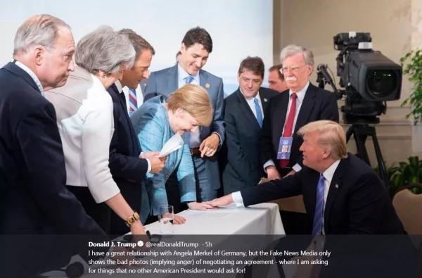 G7照片疯传 川普PO「摸梅克尔手照」反击!